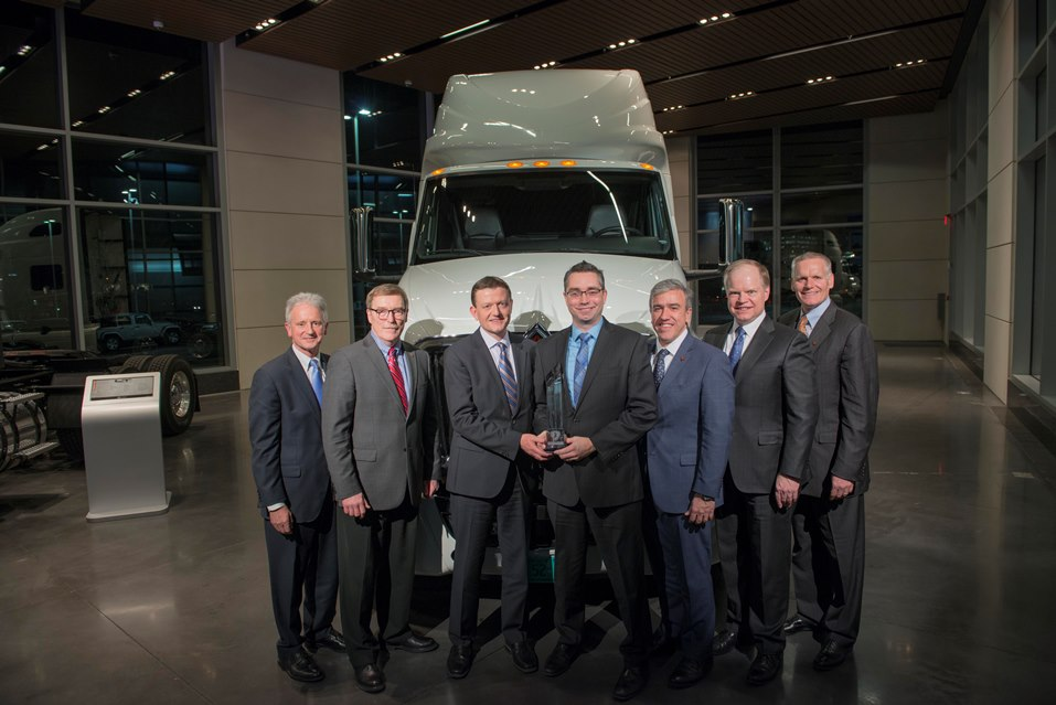 Eduardo Vultorius, CEO, and Keith Hileman, Key Account Manager, VOSS, accept the Navistar Diamond Supplier Award for 2016.