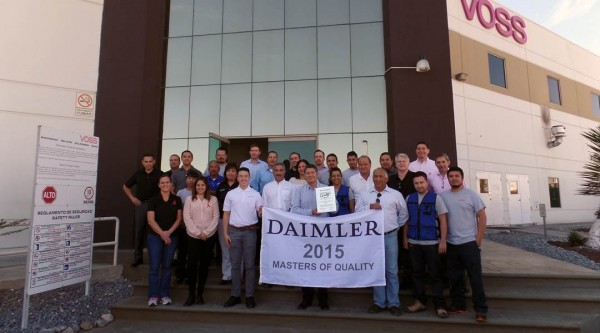 The VOSS Automotive, Mexico, team earn the Daimler Trucks North America Masters of Quality Award for 2015.